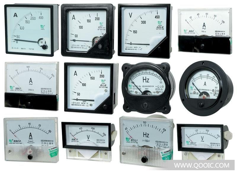 SQ48、SQ72、SQ96系列方形仪表为电磁式,采用排斥型结构。仪表由测量机构、指示装置构成,外壳采用阻燃型ABS工程塑料,安全的测量端子,高效的接线方式,且采用印刷刻度盘和透明玻璃盖,整体美观大方,视野开阔。 SQ72、SQ96系列直流电流电压表、频率表、有功无功功率表、功率因数表系整流式方形仪表,是由磁电式测量机构和测量电路两部分组成。外壳采用阻燃型ABS工程塑料,安全测量端子,高效的接线方式,且采用印刷刻度盘和透明玻璃盖,整体美观大方,视野开阔。 使用方法 电流表串流在被测量的线路中,电压表、频率